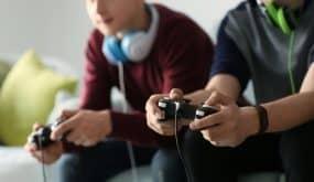 teenagers gaming bitcoin