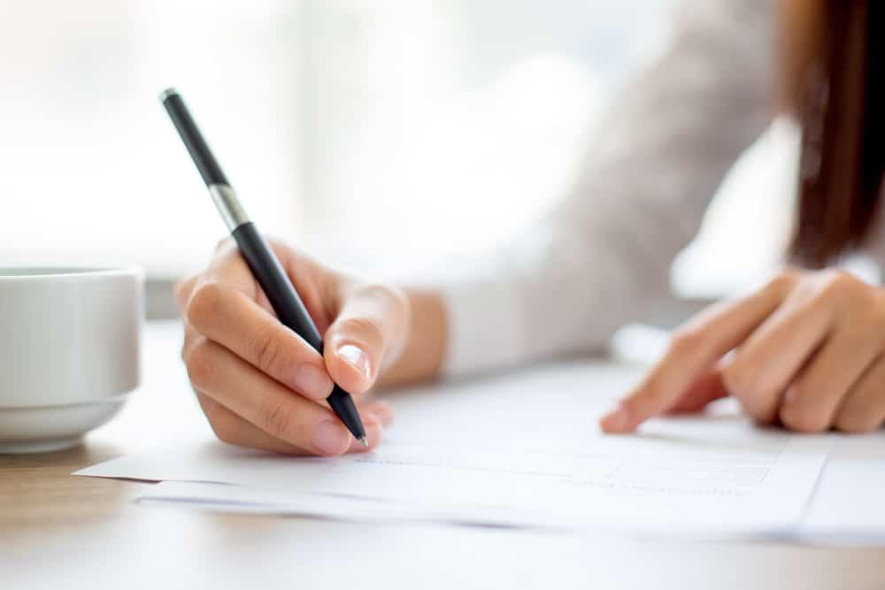 Best online tools that help to improve essay writing skills - UKTN (UK Tech  News)